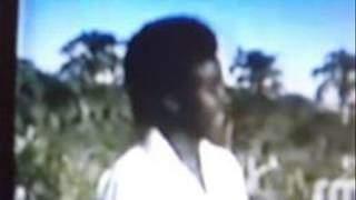 Axmed Gacayte, Geesi aan gabasho aqoon (WQ: Axmed Nuur Guruje)