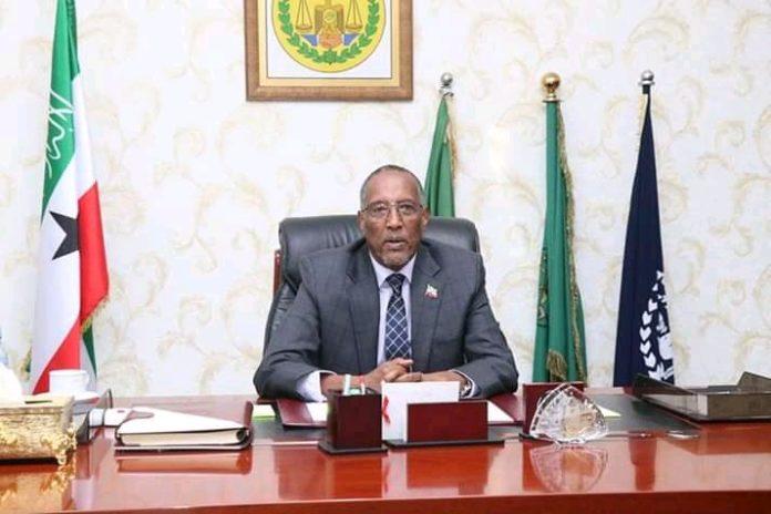 Farriin Ku Socota Madaxweynaha Somaliland Mudane Muse Bihi Abdi (WQ: Sahra-Kiin Cabdiraxmaan Axmed)