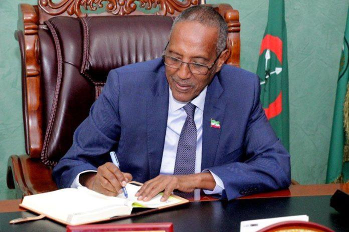 Madaxweynaha Somaliland iyo Madax-Dhaqameedka Awdal ayaa maanta kulan foodda isku-daraya